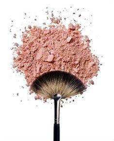 SML :: Pažljivo birajte četku za rumenilo Beauty Art, Diy Beauty, Beauty Makeup, Makeup Studio, Beauty Studio, Photo Makeup, Love Makeup, Brush Background, Makeup Wallpapers