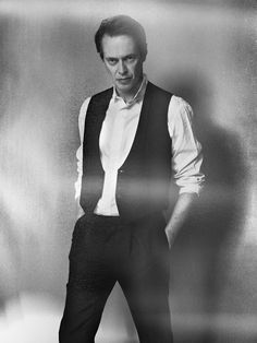 Steve Buscemi by Ruven Afanador Steve Buscemi, The Incredible Burt Wonderstone, William H Macy, Funny Outfits, Funny Clothes, Hollywood Photo, The Big Lebowski, Poses For Men, Groom Style