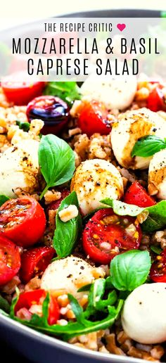 Farro Caprese Salad incorporates whole grains with an Italian classic pairing of juicy tomatoes and Italian Appetizers, Appetizer Recipes, Salad Recipes, Healthy Recipes, Avocado Spinach Salad, Arugula Salad, Farro Salad, Shrimp Avocado, Mozzarella Salad
