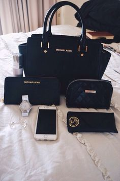 Gorgeous Michael Kors Handbag | Welcome to my WOMEN OVER 40 Inspiration Board #womenover40 #womenover50 #womenover60 #womenover70 www.collinsmakeup.com
