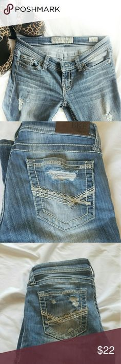 BKE Stella Distressed boot cut BKE Stella style jeans. These jeans have a lot of stretch. Will fit size 2 or 4. BKE Jeans Boot Cut