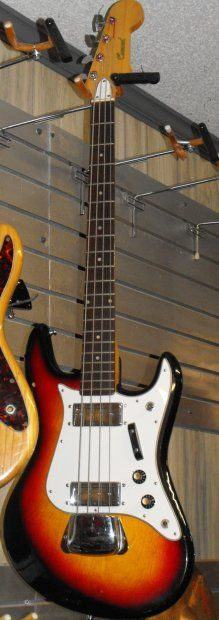 Conrad Aria Diamond Bass 60's Sunburst