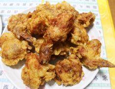 사 먹는 것보다 훨씬 맛있는 엄마표 후라이드 치킨 만드는 방법 Just Cooking, Cooking Tools, Cooking Classes, Cooking Recipes, Cooking Measurement Conversions, Cooking Lobster Tails, Korean Side Dishes, Chicken Menu, How To Cook Zucchini