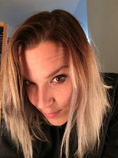 Lzzy Hale ✾ of Halestorm Taylor Momsen, Taylor Swift, Josh Smith, Lzzy Hale, Women Of Rock, Halestorm, I Have A Crush, Lindsey Stirling, Rock Chic
