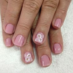 Avon Crystal, Mani Pedi, Spring Nails, Cute Nails, Simple Designs, Hair And Nails, Favors, Like4like, Nail Designs
