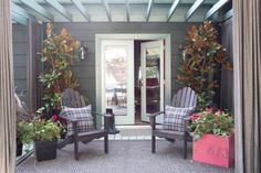 Get your porch or deck ready for fall guests with these simpleupdates and decorating ideas from HGTV.com.