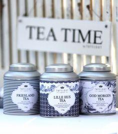 Bewaardozen voor thee! Kan er niet genoeg hebben! Hoeven geen nieuwe te zijn, in de kringloopwinkem vind je er soms ook al hele mooie!