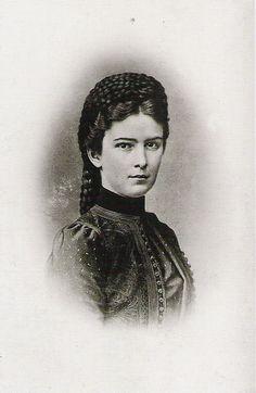 1867 - Elisabeth close up