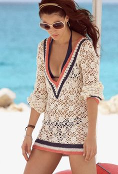 Love this have to find want a crochet cover up with the poncho fit Cute Fashion, Look Fashion, Womens Fashion, Fashion Trends, High Fashion, Beach Fashion, Classic Fashion, Look Boho, Look Chic