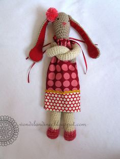 Bunny, free pattern, great pdf guide on how to.