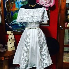 Hermoso Mexican Fashion, Mexican Dresses, Fashion Outfits, Fashion Trends, Fashion Moda, Wardrobes, Dress Making, Cute Dresses, Lace Skirt