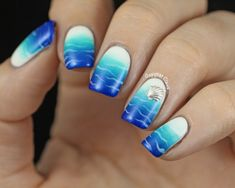 Beachy Blue-White Gradient Nails