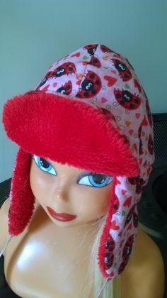 Il est souvent bien difficile, on le sait, de faire garder aux jeunes  enfants leurs bonnets - 10553275 1a52d3df5dc