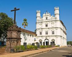 On India's west coast, you will find the small state of Goa India, heavily influenced by its Portuguese past and known worldwide to be one of the best tropical beach destinations available...!!!