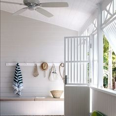 Coastal details in an outdoor entrance space
