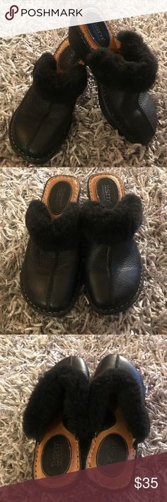 Born Shoes Clogs Mules Black Women's 8 Fur Lined 5️⃣ Women's 8 Very very gently worn  Just a few marks on inside of shoe  Gorgeous Born Shoes Mules & Clogs