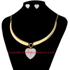 juego collar grande con aretes de corazon cristal en acero dorado inoxidable…