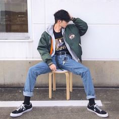 Looking for something new to look stylish on the streets? We have an idea for you: swag outfits for guys! Here are the best 20 outfits. Grunge Outfits, Swag Outfits Men, Mode Outfits, Retro Outfits, Vintage Outfits, Casual Outfits, 90s Grunge, Men Casual, Swag Outfits For Guys