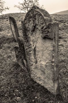 Tombstone by Tomas Nedielka on 500px