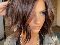Color How-To: Watermelon Brunette | American Salon Brown Blonde Hair, Brunette Hair, Dark Brunette, Brunette Fall Hair Color, Fall Hair Color For Brunettes, Medium Hair Styles, Curly Hair Styles, Medium Style Haircuts, Blunt Haircut Medium