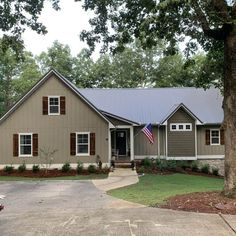 I really love this superb hurricane shutters Wooden Shutters Exterior, Cedar Shutters, Diy Shutters, Cedar Siding, Window Shutters, Rustic Shutters, Repurposed Shutters, Window Frames, Shed Makeover