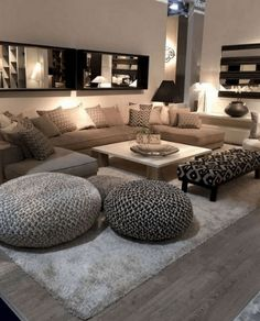 There are many elegant living room ideas that you might decide to get applied in your living room design. Because you have landed here then most probably you want Elegant living room answer. Classy Living Room, Cozy Living Rooms, Home Living Room, Apartment Living, Living Room Decor, Cozy Apartment, Girl Apartment Decor, Kitchen Living, Room Kitchen