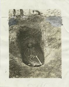 Ancient Cherokee Burial Customs: they went through so much trouble to honor their dead and the white man just came and took everything.