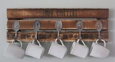 Pallet Coffee Mug Holder | #Pallet #Furniture