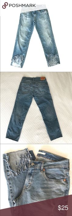 Levi's boyfriend jean Levi's boyfriend jean. Size 27 but fits like 28/29. Recently purchased them off another Poshmark user but were too big on me :( Levi's Jeans Boyfriend