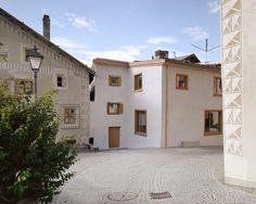 Gallery of Chesa Gabriel / Corinna Menn Architekten - 2