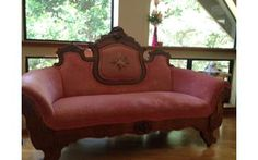 Circa 1880s Victorian sofa/settee - a fainting spell would be lovely on this