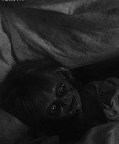 Creepy Images, Creepy Pictures, Dark Pictures, Grunge Photography, Dark Photography, Spooky Scary, Creepy Art, The Conjuring, Creepy Sketches