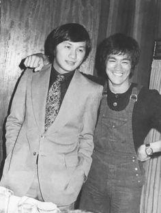 Bruce Lee Photos, Korean Fashion Men, Korean Men, Iconic Photos, Rare Photos, Rare Pictures, Bruce Lee Books, Bruce Lee Master, Hong Kong