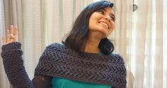 CRISS-CROSS PATTERNED INFINITY COWL WITH SLEEVES     This pattern for a cowl with sleeves is fast becoming a favourite among m...