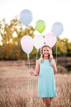 Senior Pictures, outdoor senior photos, senior session, Moments of Grace photography, fall senior pictures, balloon senior pictures