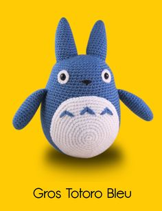 Blue Totoro Amigurumi by Lucy Ravenscar. I love Totoro! Probably my favorite animated movie. Crochet Baby Toys, Crochet Diy, Crochet Gratis, Crochet Patterns Amigurumi, Crochet Animals, Crochet Dolls, Knitting Patterns, Crocheted Toys, Amigurumi Tutorial