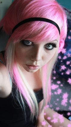 pink and blonde scene hair
