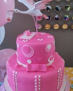 #itsagirl. #pinkcakes #stork #mochacake #happymomtobe by tesscakebooth