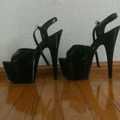 Pleaser Stilettos Black Pleaser Stilettos Black , there is scuff on the right shoe but still in great condition. Great practice pole dancing shoes or to practice walking in Stilettos. Don't ruin your pretty stilettos, use these. pleaser Shoes Heels