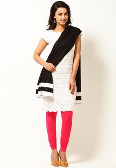Flawless personality wearing this stylish black dupatta from the latest collection of W. Featuring an appealing design and pattern, this one is sure to complement your personality. Made from breathable cotton, it will look great with white Patiala-suit.