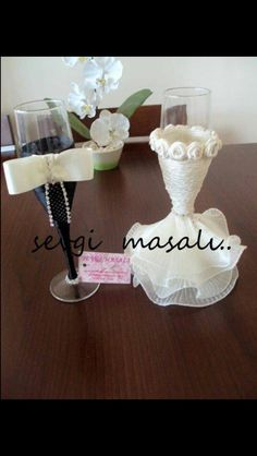 These are lovely Bridal Wine Glasses, Diy Glasses, Wedding Glasses, Wedding Favours, Diy Wedding, Wedding Gifts, Decorated Wine Glasses, Painted Wine Glasses, Wedding Champagne Flutes
