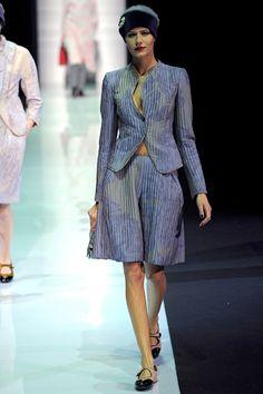 Emporio Armani - www.vogue.co.uk/fashion/autumn-winter-2013/ready-to-wear/emporio-armani/full-length-photos/gallery/940476