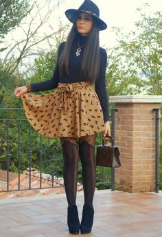 16 Fall Outfit Ideas with Skirts Love everything except the tights..all black ones
