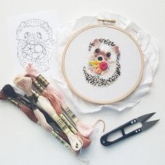 Modern embroidery pattern by Namaste Embroidery // hoop art