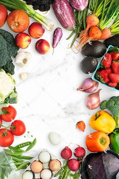 Healthy eating stock images, healthy styled stock, fruits and vegetables flatlay… Fresh Fruits And Vegetables, Veggies, Food Styling, Food Flatlay, Vegetables Photography, Vegetarian Recipes, Healthy Recipes, Cooking Recipes, Cuisines Design