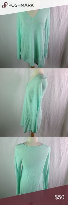 Eileen Fisher Mint Green V-Neck Sweater Small Eileen Fisher Mint Green V-Neck Sweater Small. Please ask questions before you buy! Eileen Fisher Sweaters V-Necks