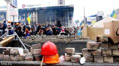Громадський Простір @civicua   Just one photo moments Maidan February 19 #Ukraine #Kyiv #євромайдан #euromaidan pic.twitter.com/hzzoNGugba