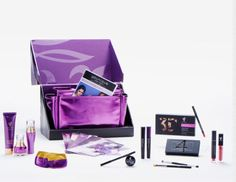 Looking for 3 people to join my team!!! Join before the end of July and get two new lash products not yet released included in your kit!!! July is the month to be Younique!!! 💋