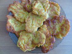 Kytičkový den - bramboráky.Brambory+mrkev+celer+cibule+česnek+žitná mouka+ žloutky+sul+majoránka