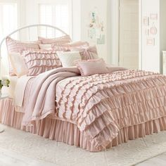 pink ruffle bedding | Pink Ruffle Lauren Conrad Bedding | via Tumblr